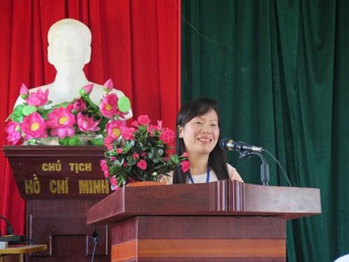 Cô giáo yêu nghề, thương trò bén duyên trên đảo Móng Cái
