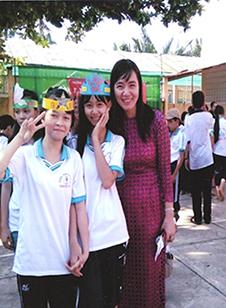 Cô Nguyễn Thị Hồng Vinh