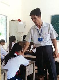 Thầy Lương Quốc Hùng