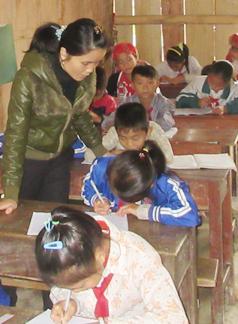Cô Phùng Thị Hân