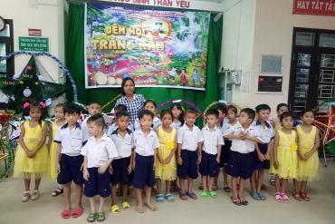 """Cô giáo Khmer hơn 12 năm """"gieo"""" chữ nơi vùng sâu"""